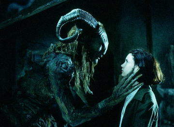 ivana_baquero_in_pan_s_labyrinth_2006_2_large