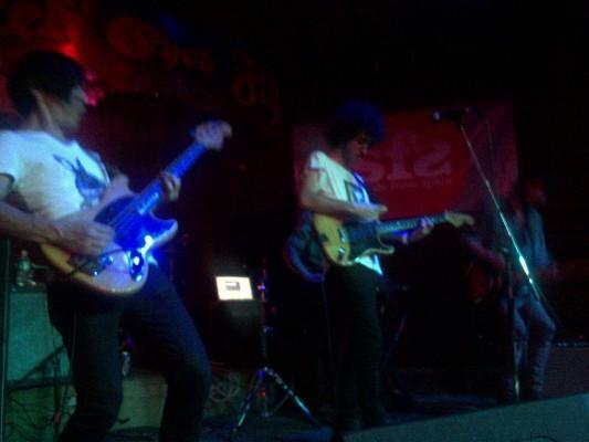 Austin-20110318-00039