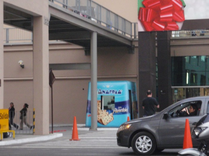 the booth where you pay for parking has been transformed into a giant panetón box…