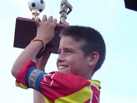 Check Out This Video of a 12 Year Old James Rodriguez Killing It