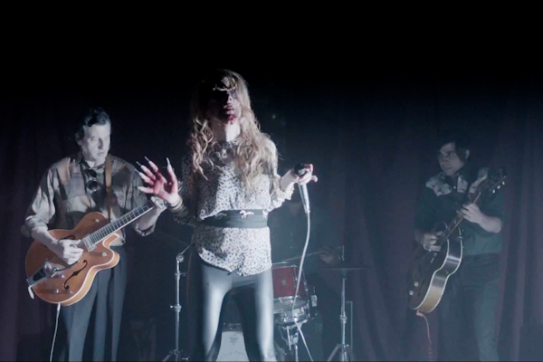 """Video: Guadalupe Plata's Terrifyingly Awesome """"Milana"""" [ESP]"""