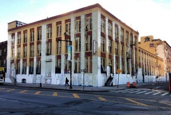 NYC: We Didn't Even Get to Say Goodbye. 5 Pointz Was Painted Overnight