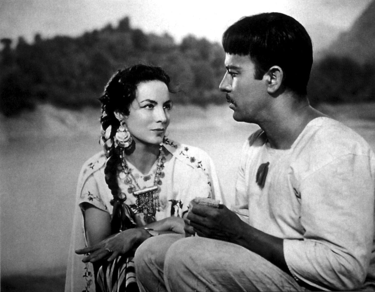 Latino Cinema 101: Must-See Films From Mexico's Golden Age