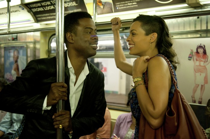 Top-Five-3-Chris-Rock-and-Rosario-Dawson on train