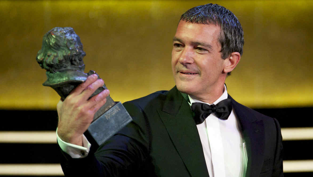 Antonio Banderas Surprised Taylor Swift Knows Who He Is + More Highlights of Spain's Goya Awards