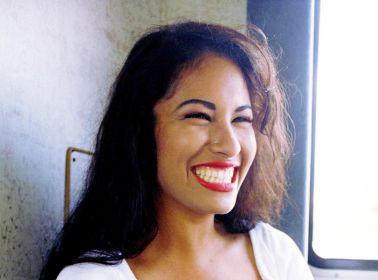 5 Selena Quintanilla Make Up Tutorials on YouTube That Will Help You Be Como la Flor