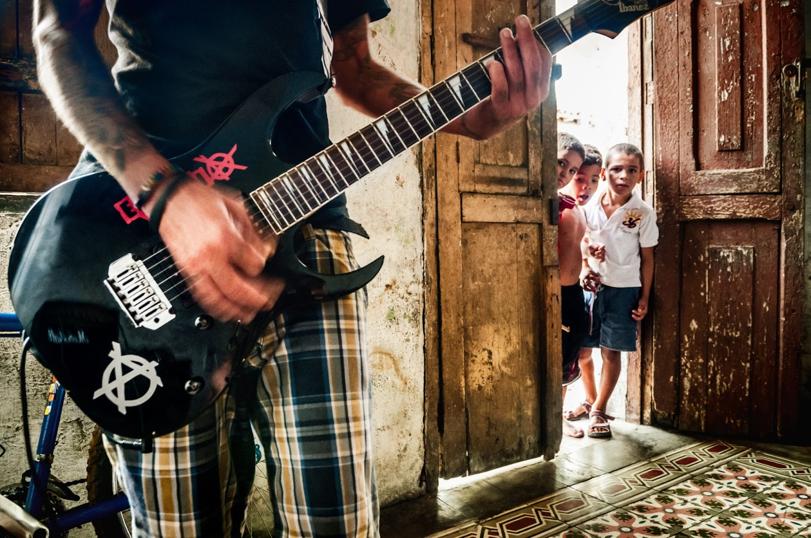 Los Frikis: The Cuban Punk Kids Who Gave Themselves HIV as an Act of Rebellion