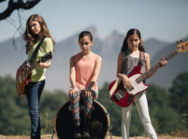 """Three Young Mexican Girls Covered """"Enter Sandman"""" and Blew Our Minds"""