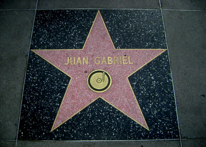 Juan_Gabriel_Hollywood_Star