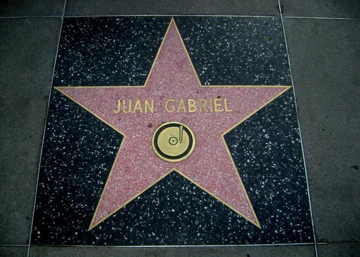Juan_Gabriel_Hollywood_Star