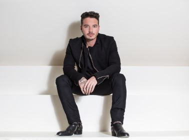 "J Balvin Takes Another Step Towards U.S. Radio Dominance with ""Ginza"""