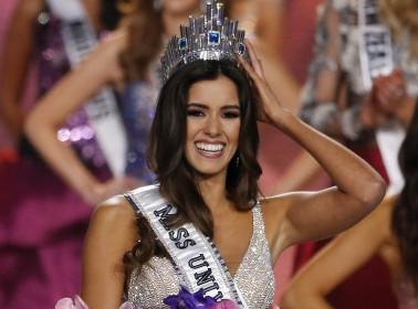 Miss Colombia Paulina Vega is crowned Miss Universe 2014. EPA/RHONA WISE