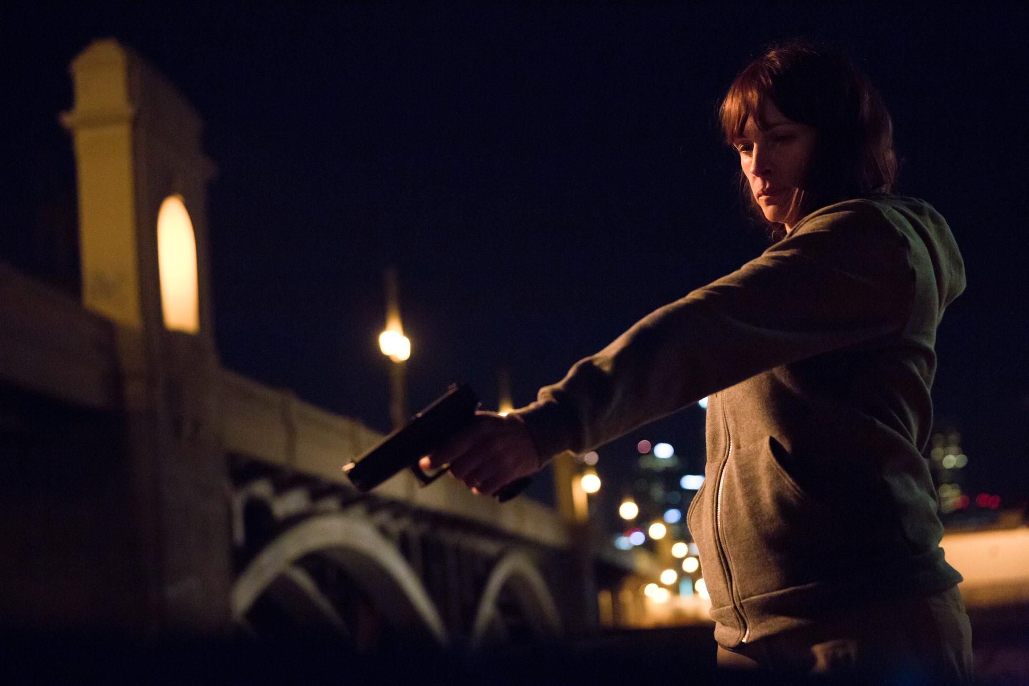 TRAILER: Julia Roberts Stars In Remake of Argentina's Oscar-Winning 'El Secreto de sus Ojos'