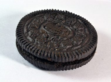 Here's What Frida Kahlo Looks Like as an Oreo