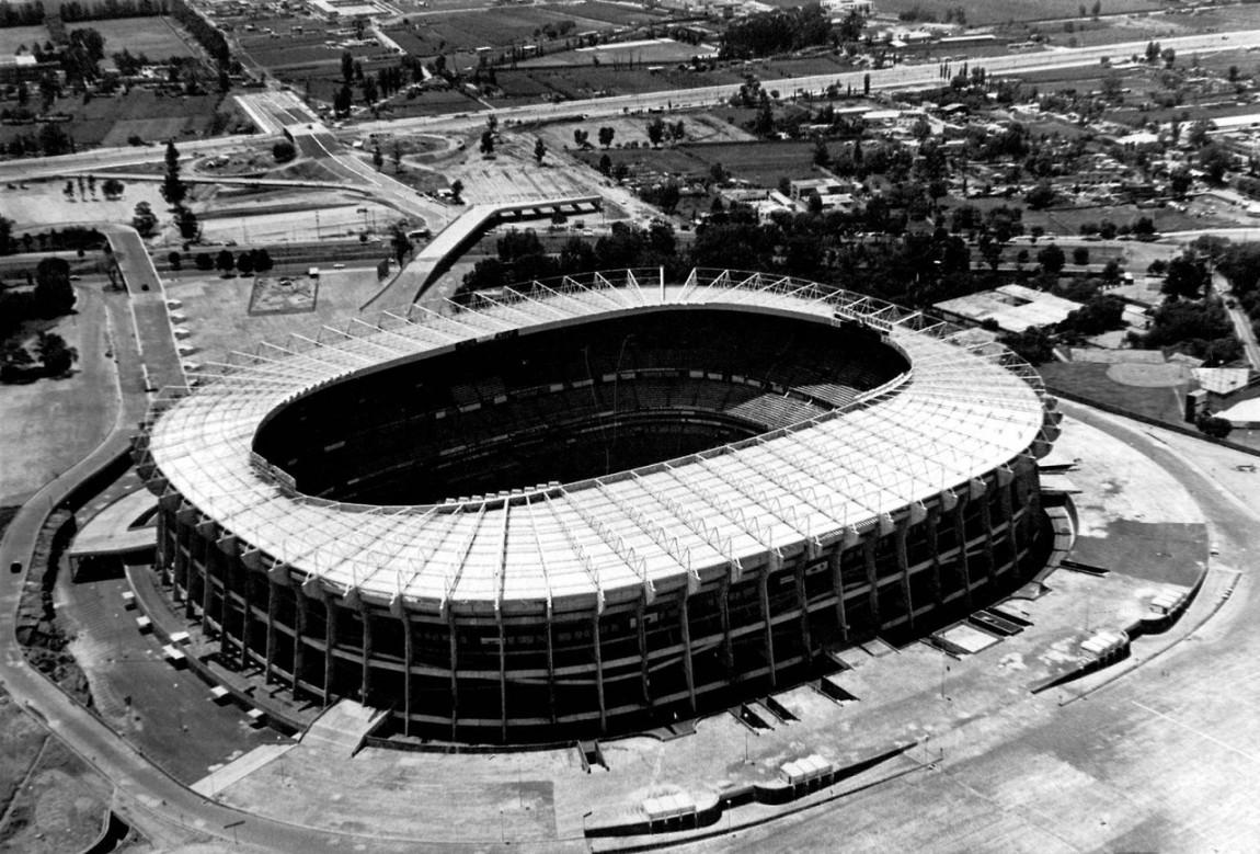 نتيجة بحث الصور عن Estadio Azteca 1970