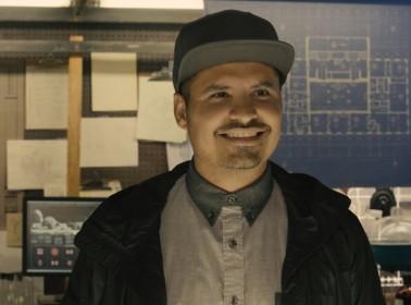 hoyla-cin-michael-pena-sorprende-como-amigo-del-protagonista-en-ant-man