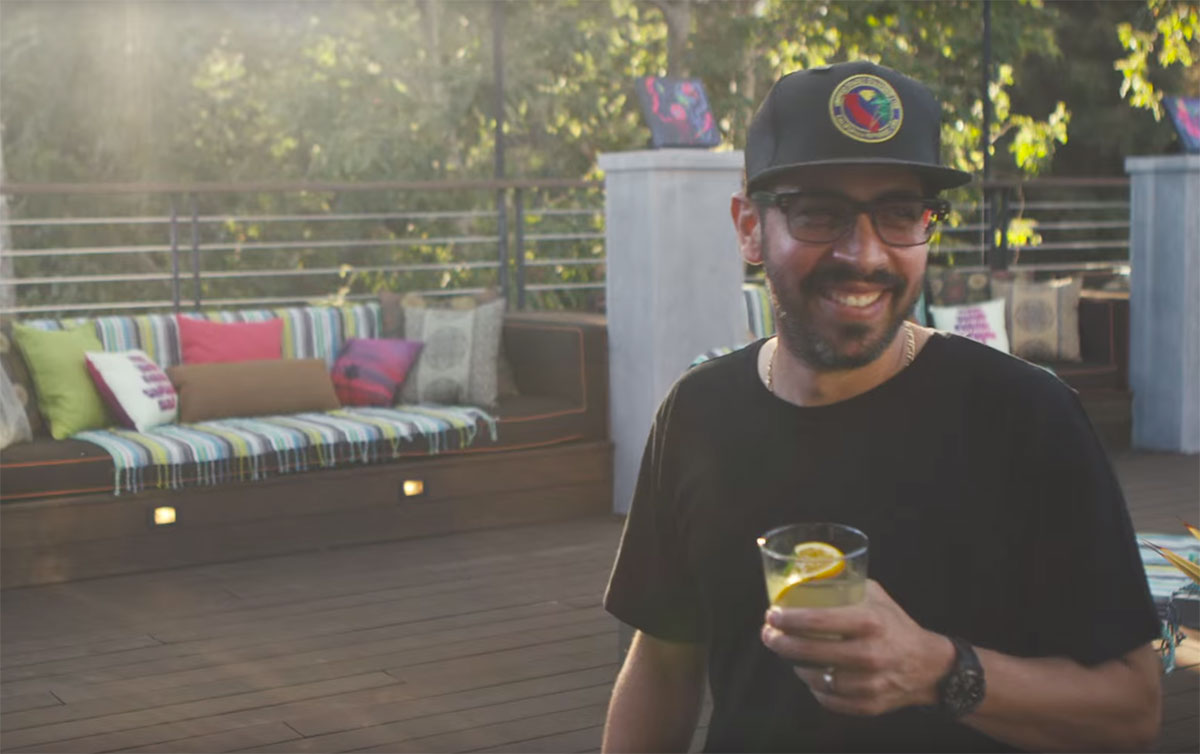 Artist Teddy Kelly on How L.A. Inspires His Abstract, Vibrant Work