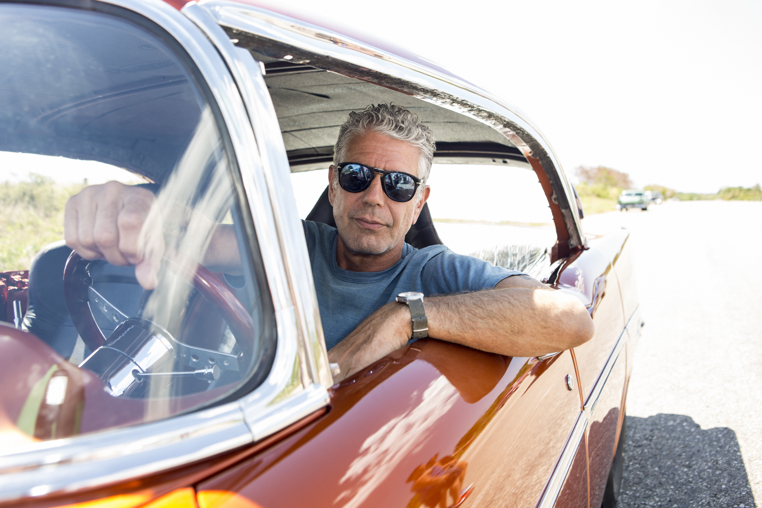 Anthony Bourdain Hits Up Cuba on Season 6 Premiere of 'Parts Unknown'