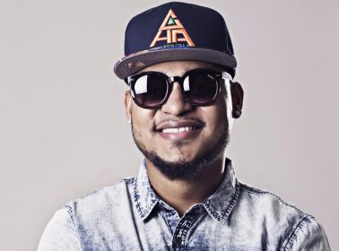 """El Batallon's T.Y.S. Searches For His Dominican Queen on """"Ride With Me"""""""