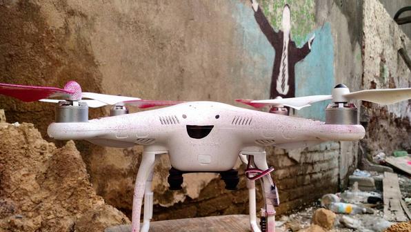 Droncita, First Grafitti Drone in Mexico, Goes After Enrique Peña Nieto