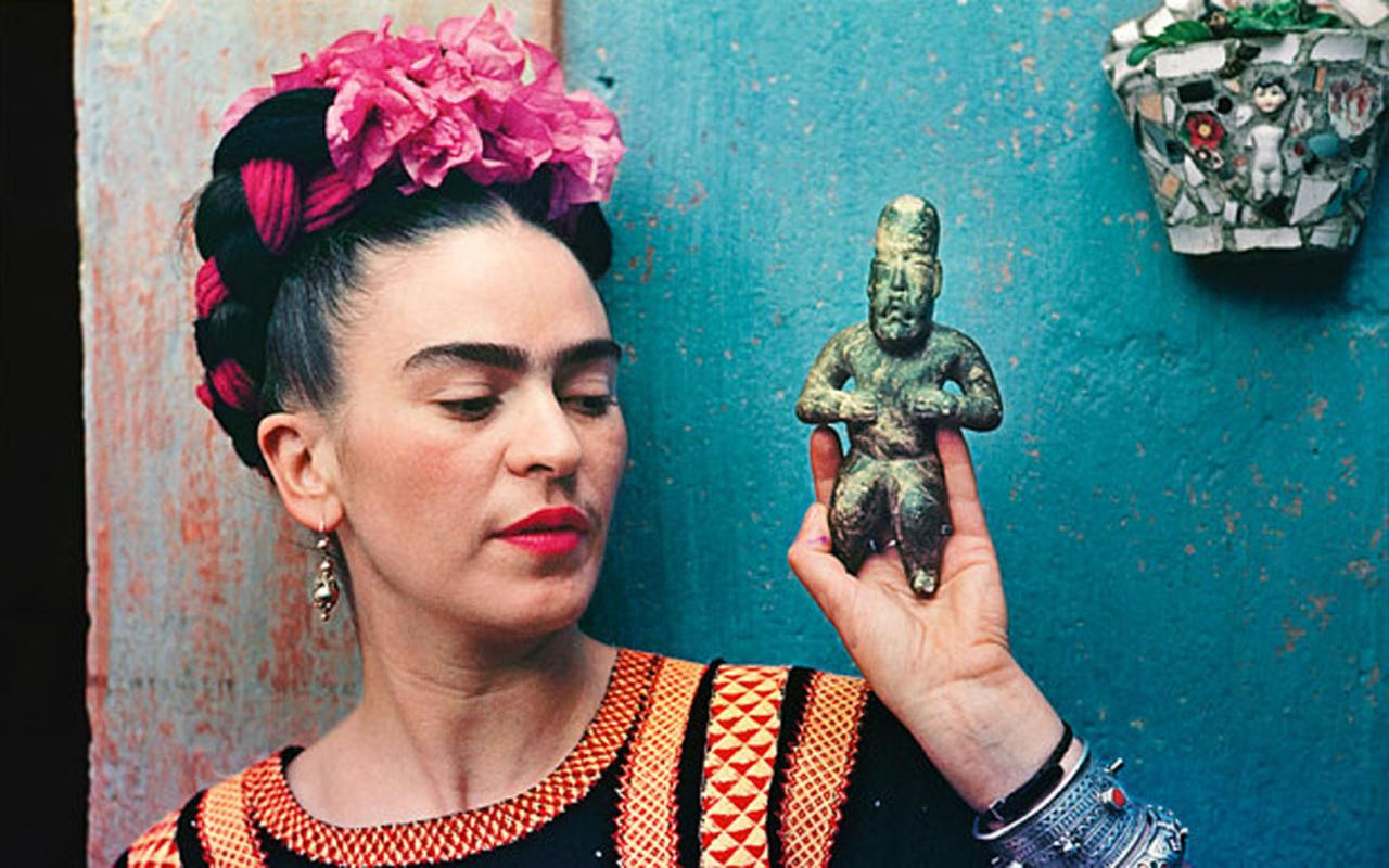 How Frida Kahlo's Iconic Mexican Art Was Influenced By Her German Father's Photography