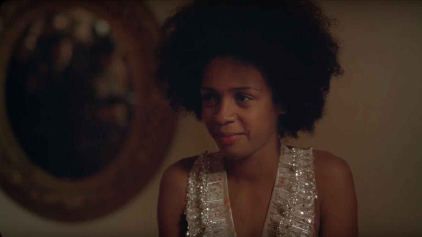 You Should Stream: This Surrealist Short Starring Dominican Actress Yanet Mojica Pokes Fun at Paparazzi