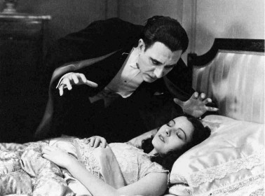 The Classic 'Dracula' Has a Forgotten Version in Spanish That's Way Better Than the Original