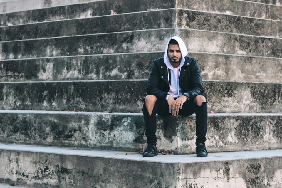 On Songwriting: Rapper Alvaro Díaz Breaks Down His Creative Process