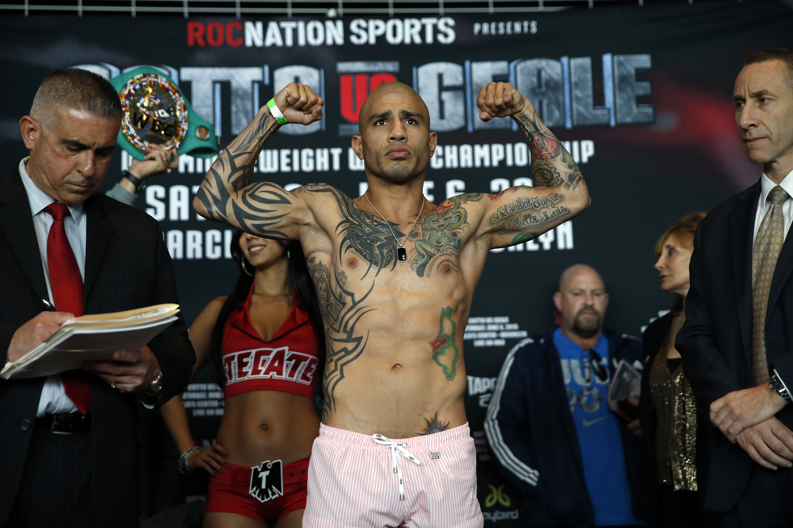Sylvester Stallone Chilled With Miguel Cotto at His Gym
