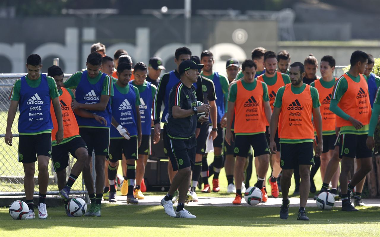 Mexico Prepares for the Qualifiers Under Juan Carlos Osorio's New Reign