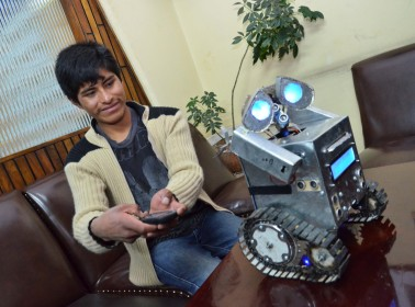 This Genius, Self-Taught Bolivian Teen is Making Robots Out of Trash
