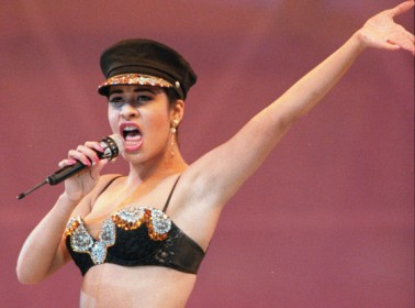 Watch Selena Give the Lesson on Mexican-American Music History We Never Got in School