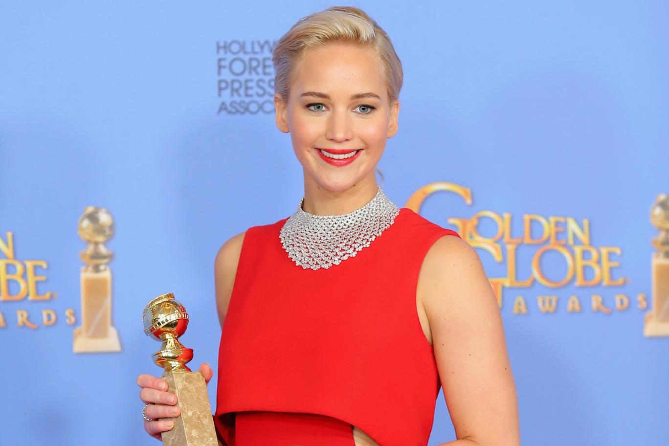 JLaw Rude to Latino Reporter, Who Then Accuses Her of Being on Her Period