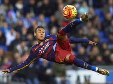 An Unnamed Club is Reportedly Offering Neymar a Massive Transfer Deal