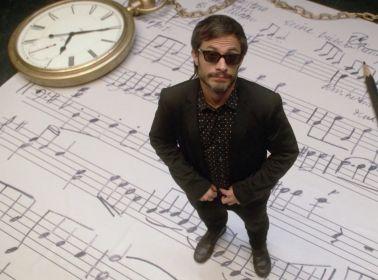 Mozart-in-the-jungle-serie-Gael-Garcia-Bernal