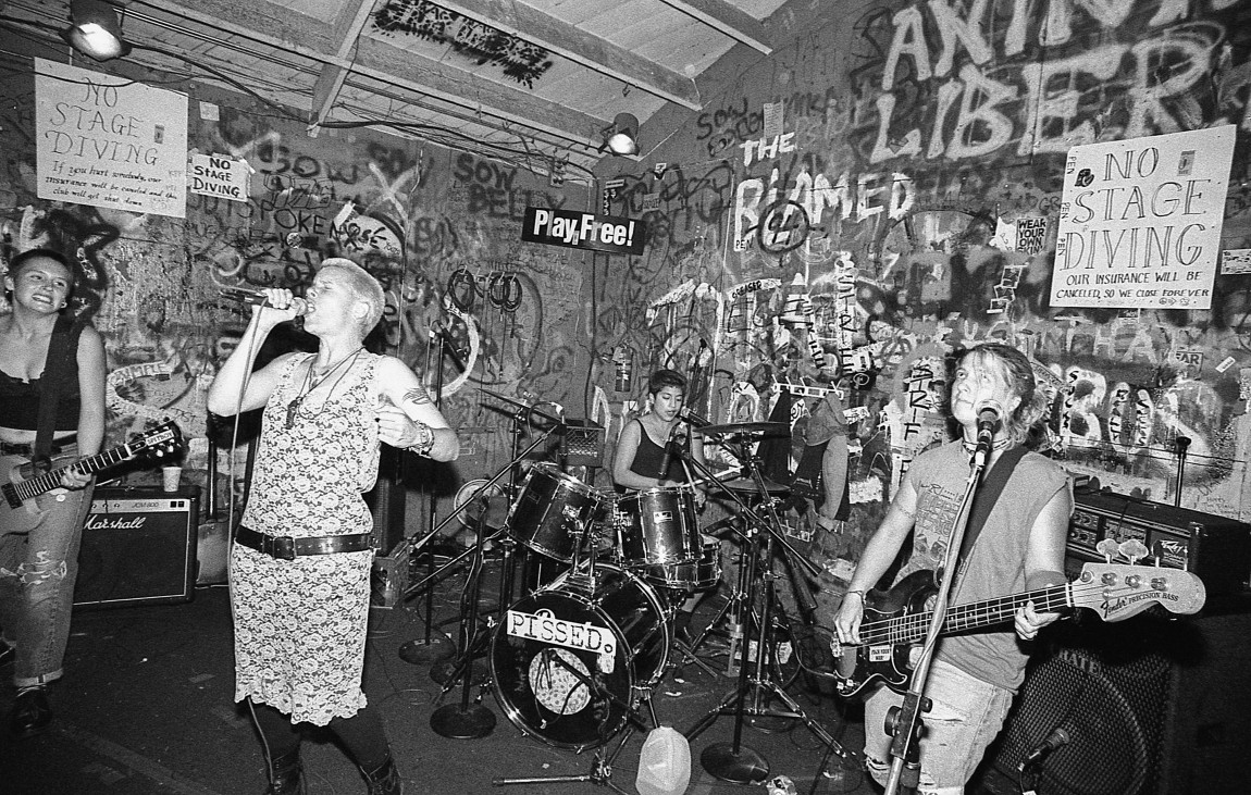 An introduction to riot grrrls