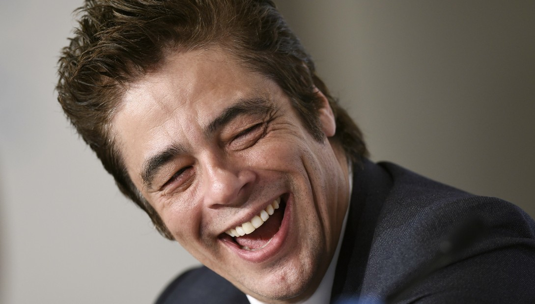 benicio del toro shows off his comedy chops in commercial