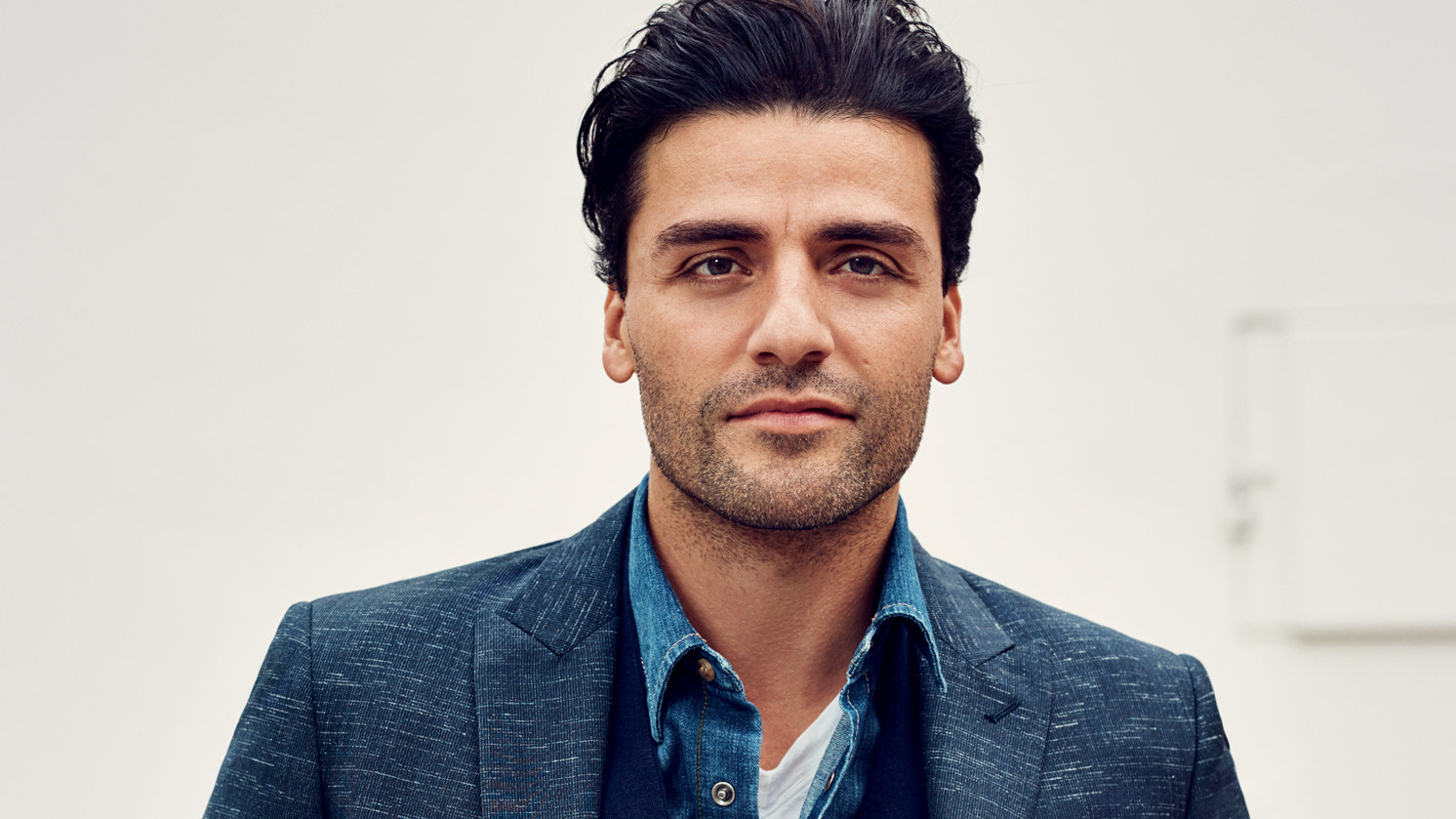 Oscar Isaac Heads to Space Again, This Time Alongside Gina Rodriguez in 'Annihilation'