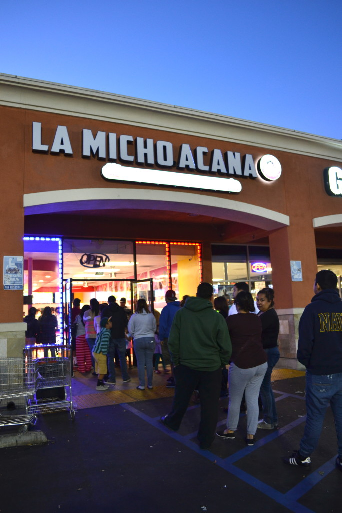 San Fernando Is Braving Long Lines For La Michoacana