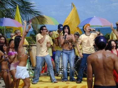 Remembering 'Caliente,' the Latino 'Soul Train' Show Your Parents Shouldn't Have Let You Watch