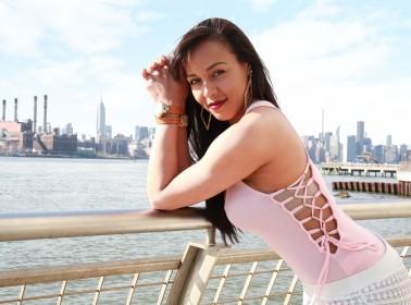 Meet Jenny La Sexy Voz, the Woman Behind Reggaeton's Biggest Hooks