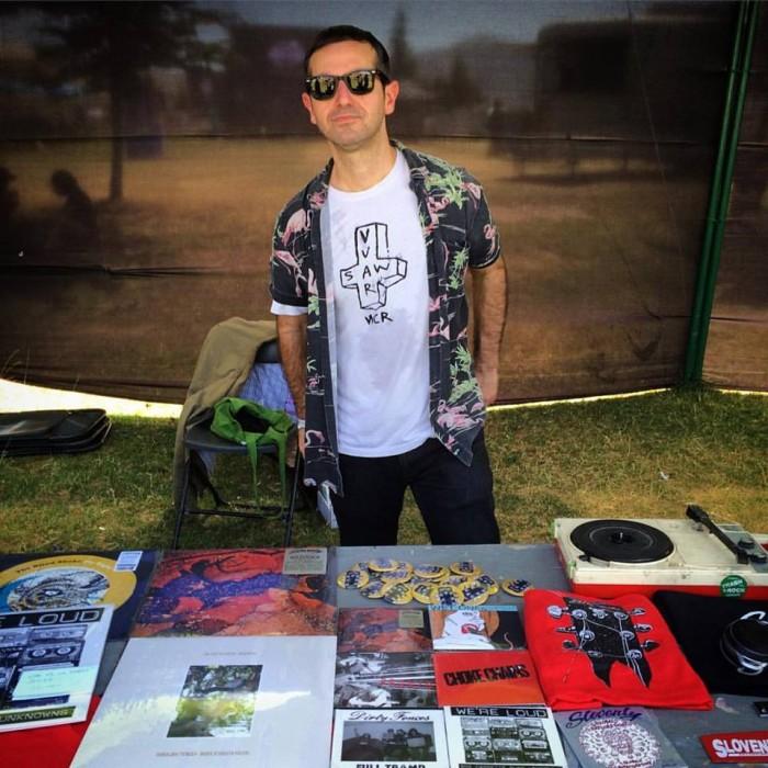 Pete Menchetti selling records in Chile