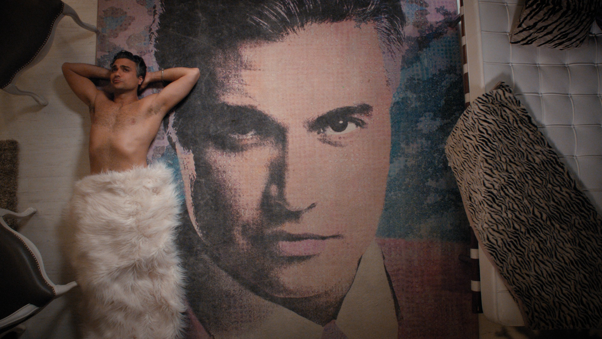 """Jaime Camil Launches Hilarious Campaign for """"Sexiest Supporting Actor"""" Emmy Nomination"""