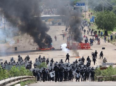 As Police Clash With Teachers in Oaxaca, Citizen Journalists Step Up to Challenge the Government