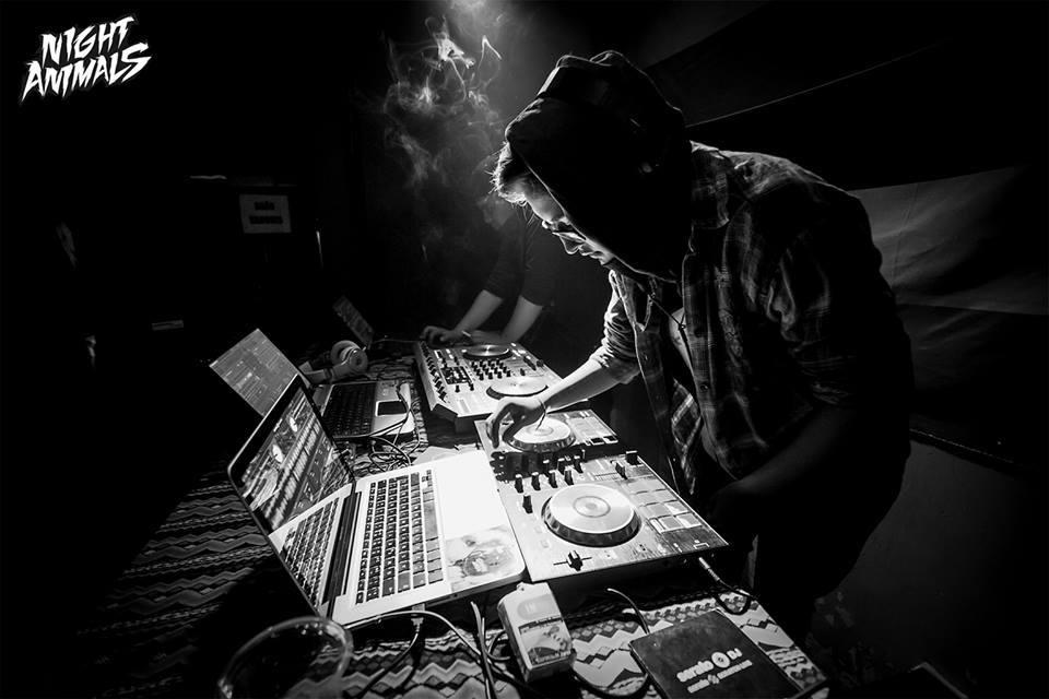 DJ Rhicarda of Oi Mas Bass