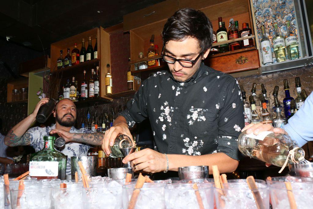 bartender_legion_mezcal_itzel-14