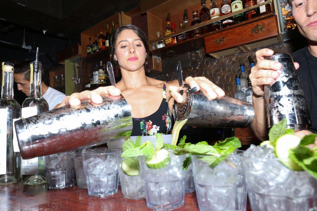bartender_legion_mezcal_itzel-25
