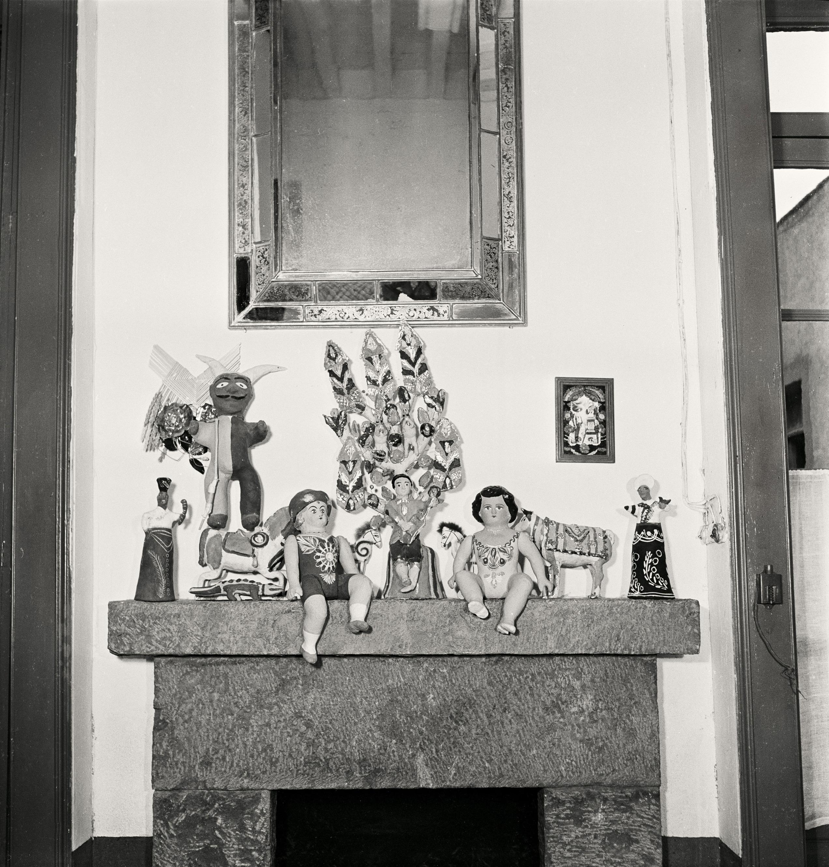 frida-kahlo-casa azul_culture_Gisele Freund