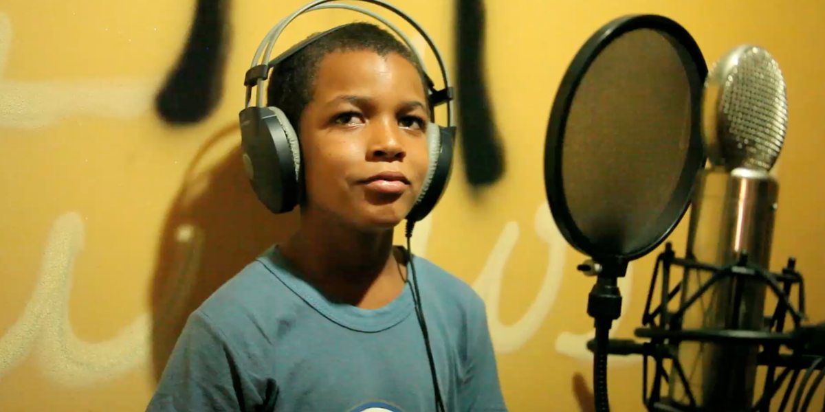 This Director Made a Documentary About a 12-Year-Old Dominican Kid Who Dreams of Reggaetón Stardom