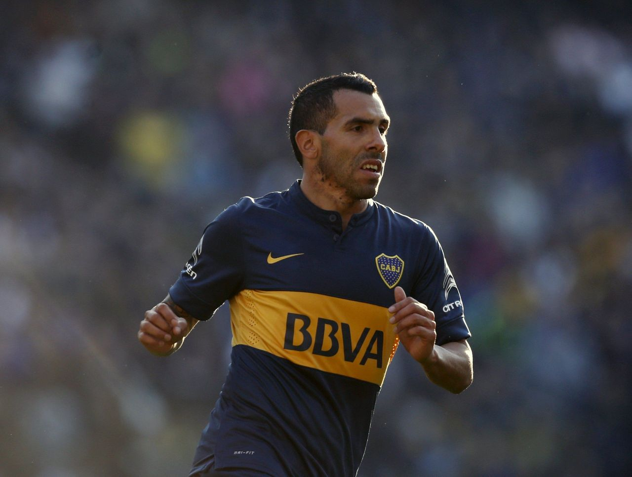 With Possible Move to Chinese Super League, Carlos Tevez Is About to Be More Paid Than Your Faves